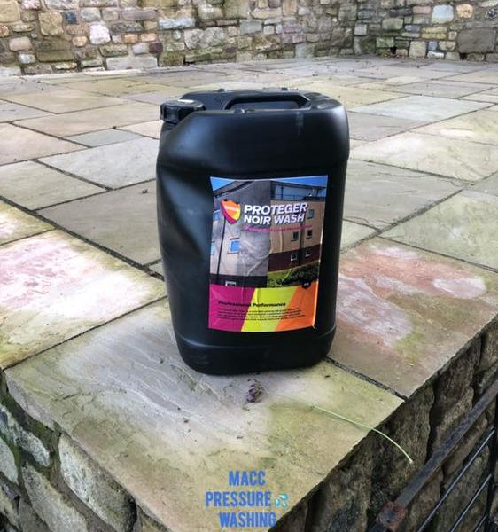 Cleaning York Stone with Noir Wash