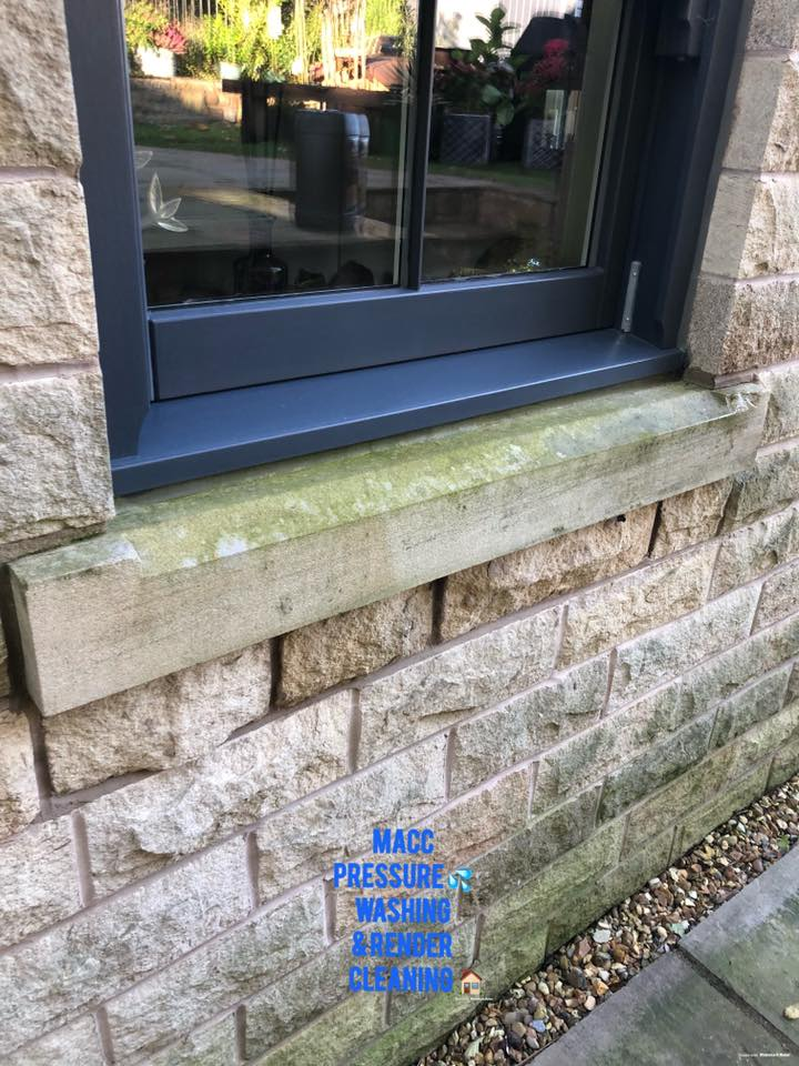 Cleaning York Stone with Proteger Protect Noir Wash